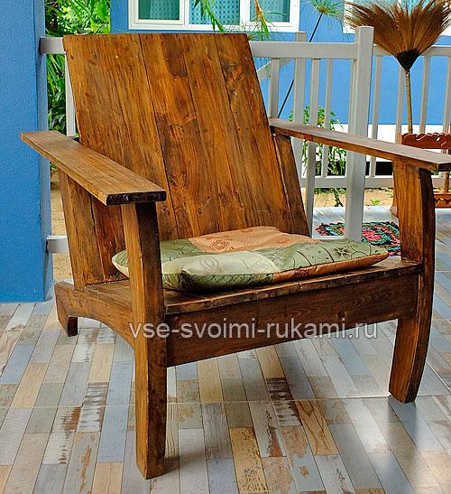 Деревянное кресло 4