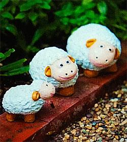 Милые овечки из керамики